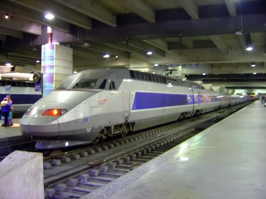 SNCF signe le plus gros contrat d'achat d'électricité renouvelable de France